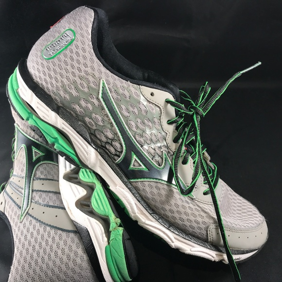 premium selection bf2ac cda96 Mizuno Wave Inspire 11 Mens Grey Green 11 & 9.5 US